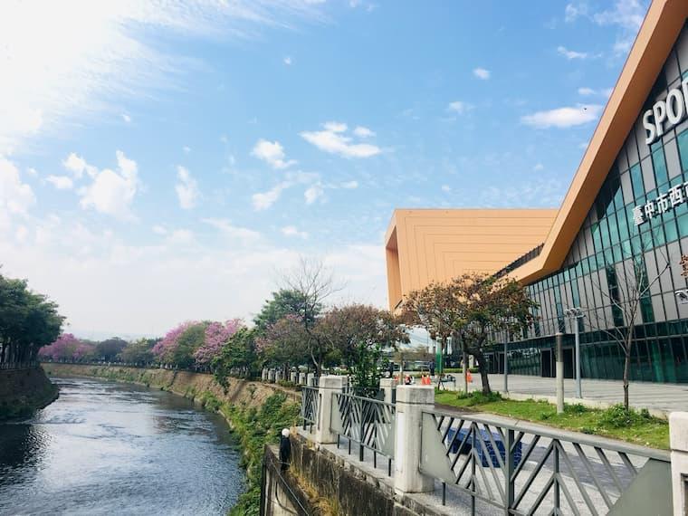 朝馬國民運動中心